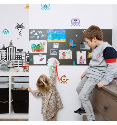 papier peint magnétique dans chambre enfant